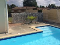 gabion separation piscine