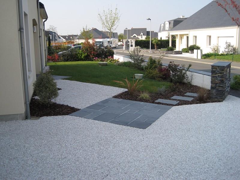 Exemples de r alisations projets clients espaces for Allee en cailloux blanc