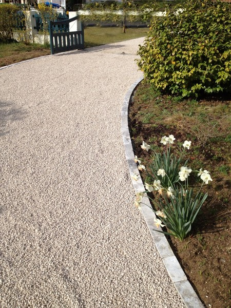 Exemples de r alisations projets clients espaces expositions embelya mont de marsan - Calcaire piscine vinaigre blanc ...